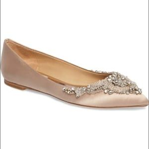 Badgley Mischka Satin Crystal Flats sz 7